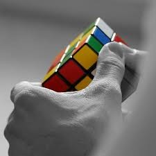 come risolvere il cubo di rubik bendati