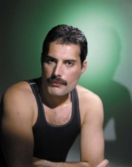 freddy mercury queen documentario completo