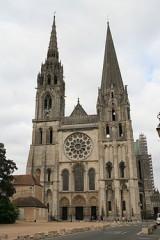Lo stile Gotico, la cattedrale di Chartres documentario